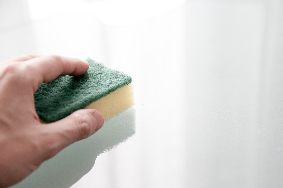 Tips for Cleaning Your Painted Walls
