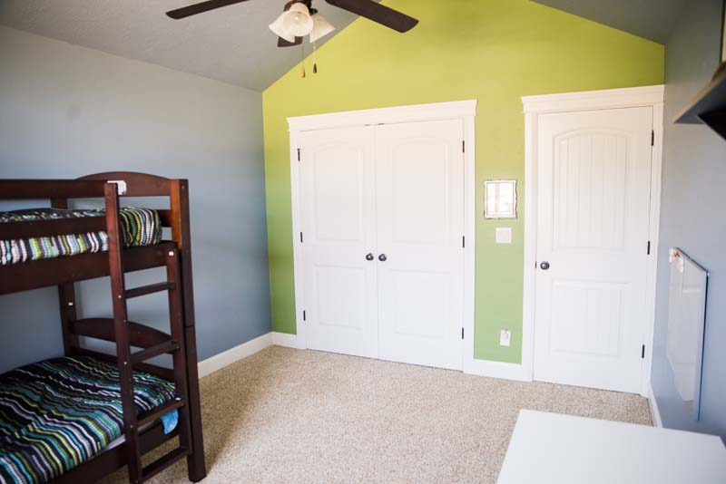 after- Creative Colors - Kid's Bedroom Eagle {loop_count}